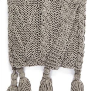 Nordstrom Home Cable Knit Tassel Throw Blanket